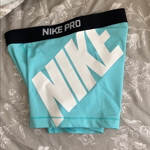 Nike Pro Shorts Light Blue Medium